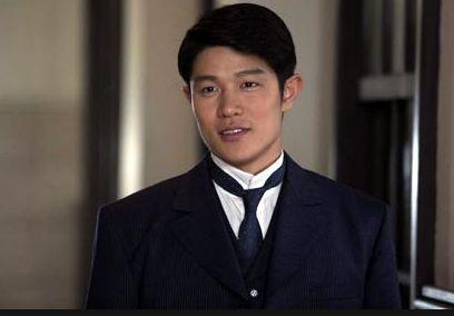 鈴木亮平 結婚していて、すでに子供も!